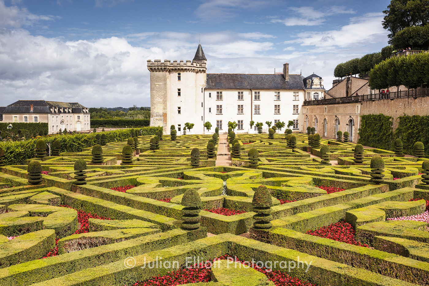 The beautiful castle and gardens at Villandry