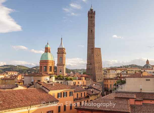 Asinelli and Garisenda towers